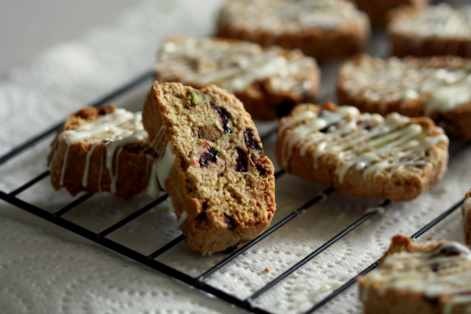 Wholemeal Cranberry, Pistachio and White Chocolate ...