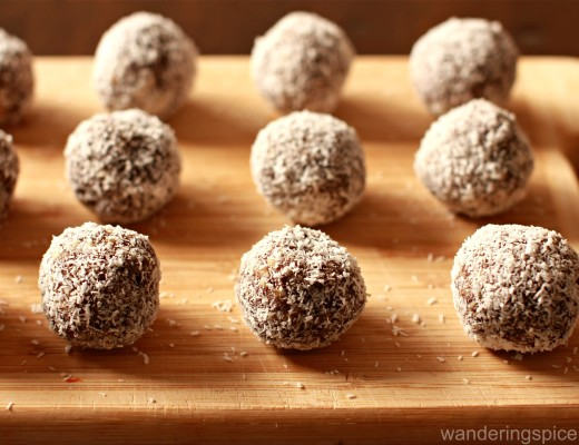 Date, Almond and Tahini Protein Bites