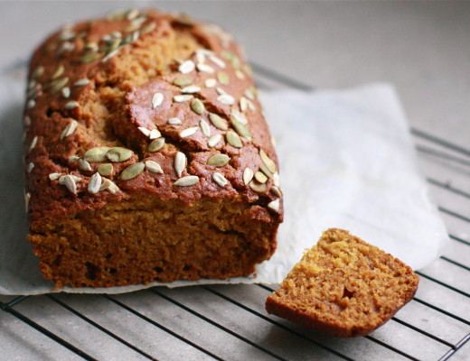 Easy, one-bowl Pumpkin Ginger Cake | Wandering Spice