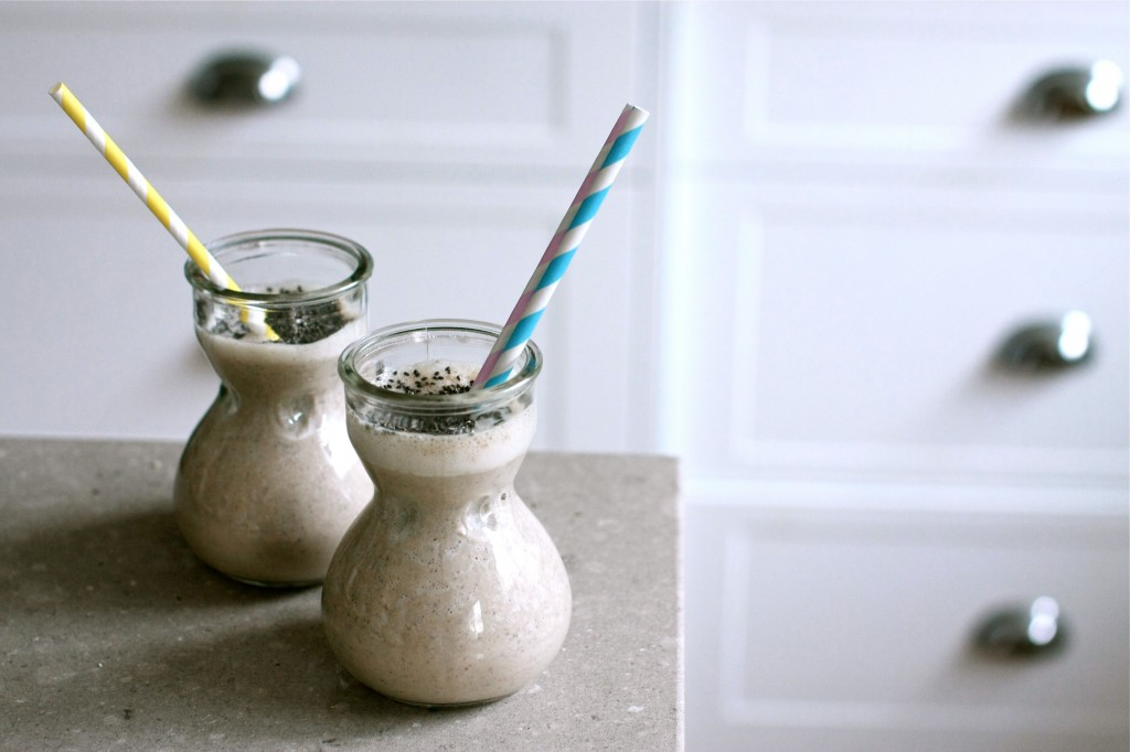 Chai banana chia seed super smoothie