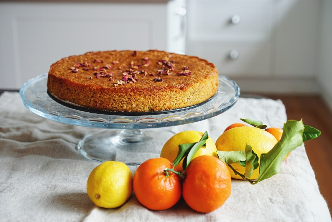 Lemon, almond and polenta cake with citrus-cardamom syrup (gluten free ...