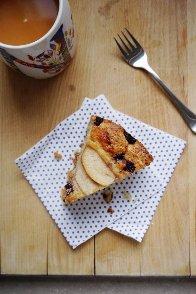 Whole wheat pear, berry and olive oil cake | Wandering Spice